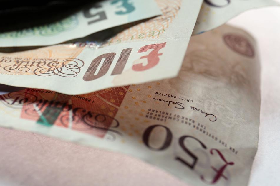Der FC Arsenal bekommt ein paar Scheine von der englischen Zentralbank geliehen.