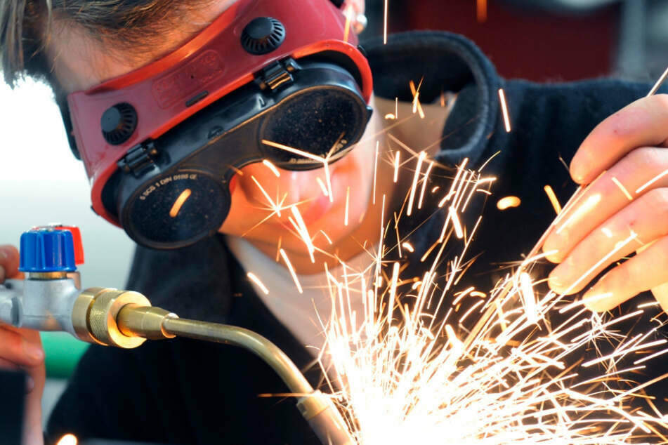 Tausende Handwerksbetriebe wurden im Freistaat über Monate stillgelegt. (Symbolbild)