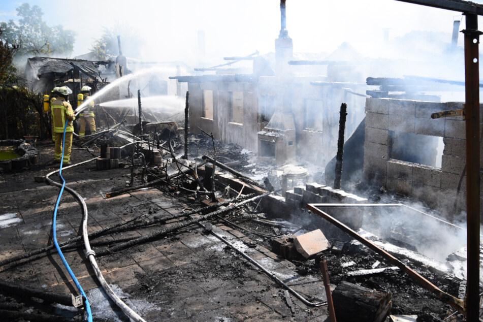 Großbrand in Kleingartenanlage in Mannheim