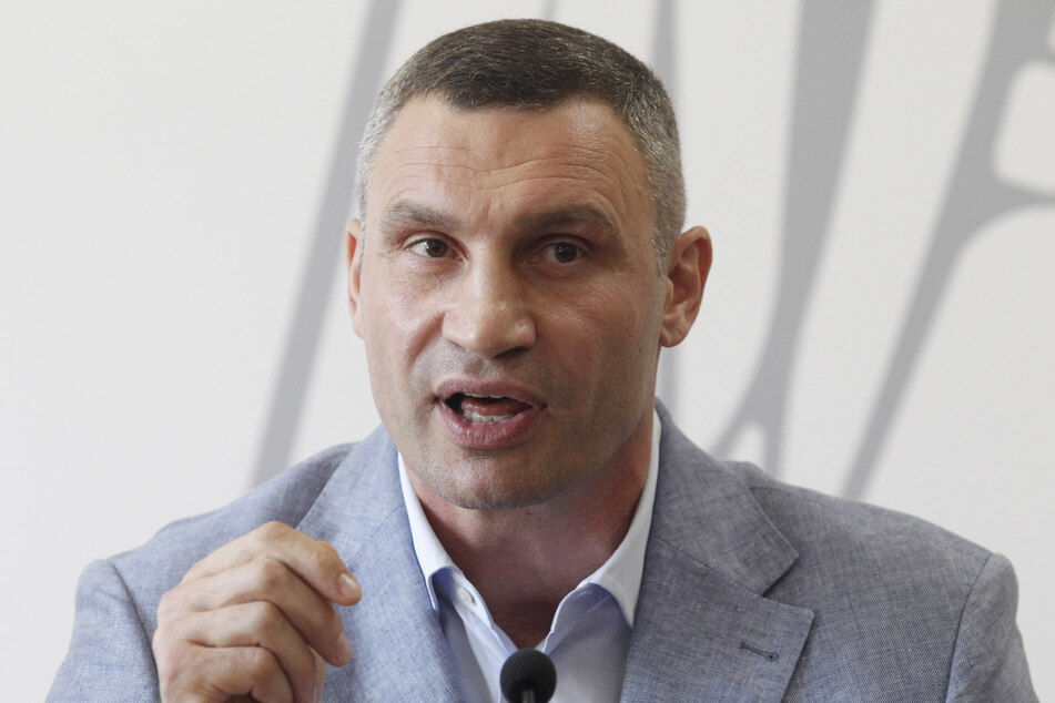 Der ehemalige Boxer und Bürgermeister von Kiew, Vitali Klitschko (49), hat sich mit dem Coronavirus angesteckt.