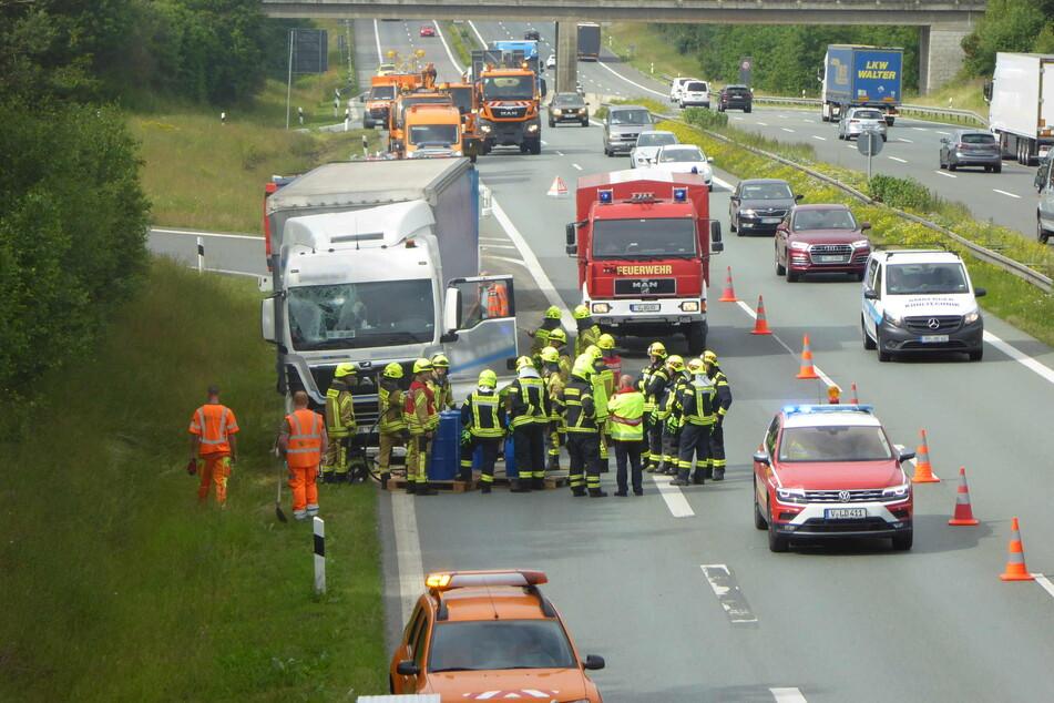 Ein Laster kam am Montagmorgen von der A72 ab.