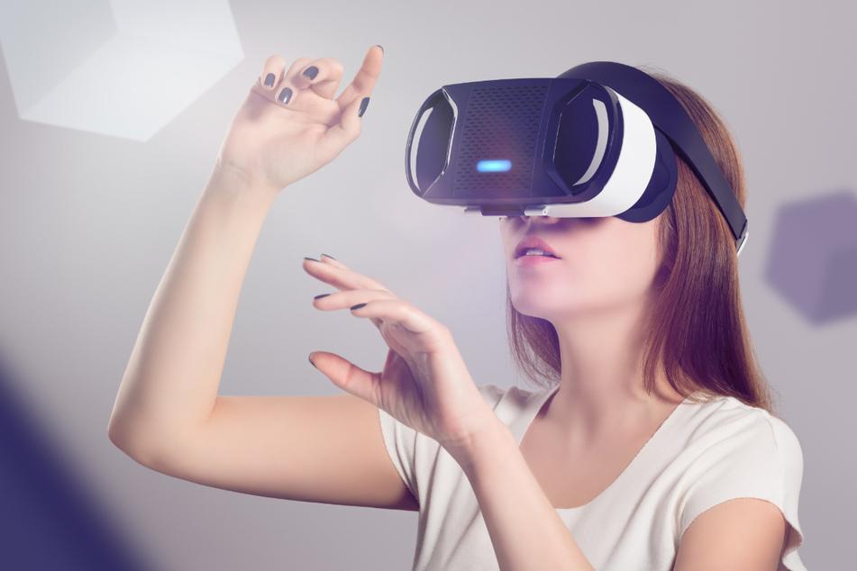 """""""TimeRide"""" bietet Stadtrundgänge mit Virtual-Reality-Brillen an."""