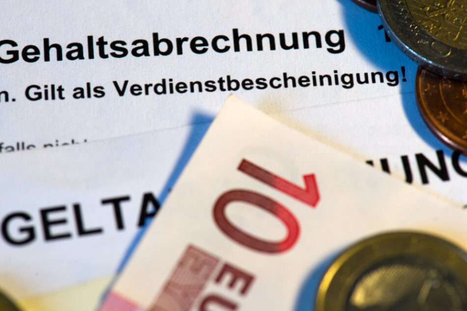 Covid-19 hat sich laut Statistischem Bundesamt negativ auf die deutschen Bruttolöhne ausgewirkt.