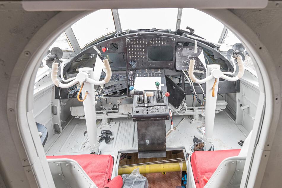 Ins Cockpit will der Sachse einen Flugsimulator einbauen.