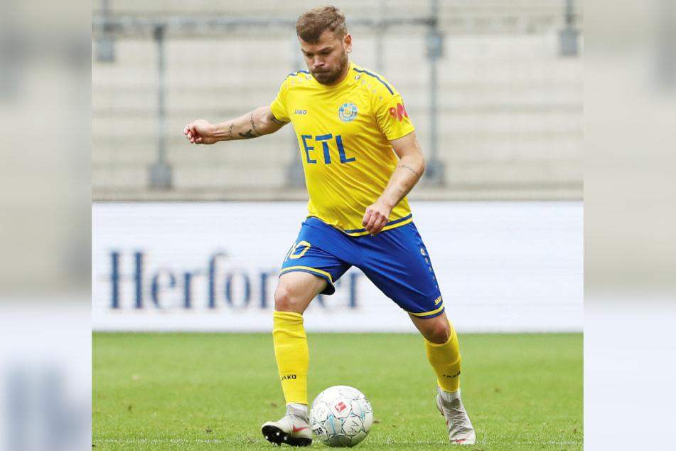 Mittelfeldmann Paul Schinke (29) ist der derzeit einzige Lok-Spieler mit einem gültigen Vertrag für die kommende Saison.