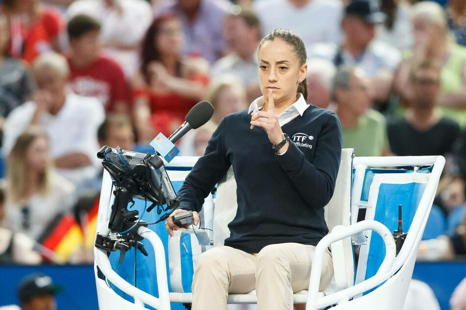 Boris Becker couldn't help himself and just had to comment on umpire Marijana Veljovic's appearance.