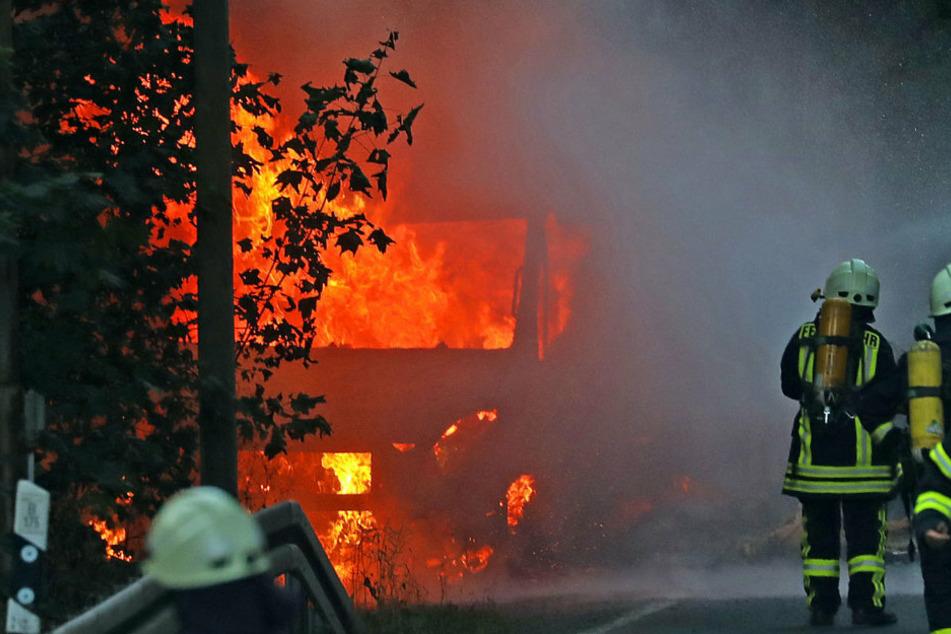 Waldenburg: Hier brennen 4500 Hühnereier!