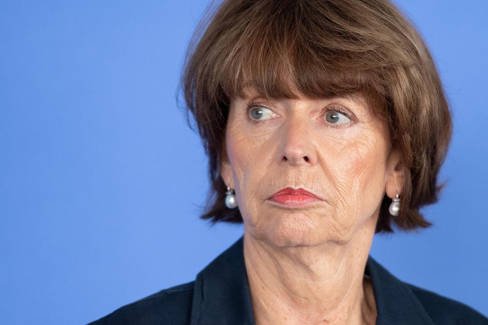 Henriette Reker, Kölns Oberbürgermeisterin (parteilos), informierte am Mittwoch mit anderen Experten zum Coronavirus in Köln.