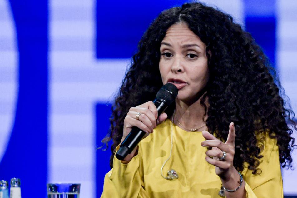 Die Musikerin Joy Denalane steht am 18.09.2019 beim Auftakt des Reeperbahn-Festivals im TUI Operettenhaus auf der Bühne.