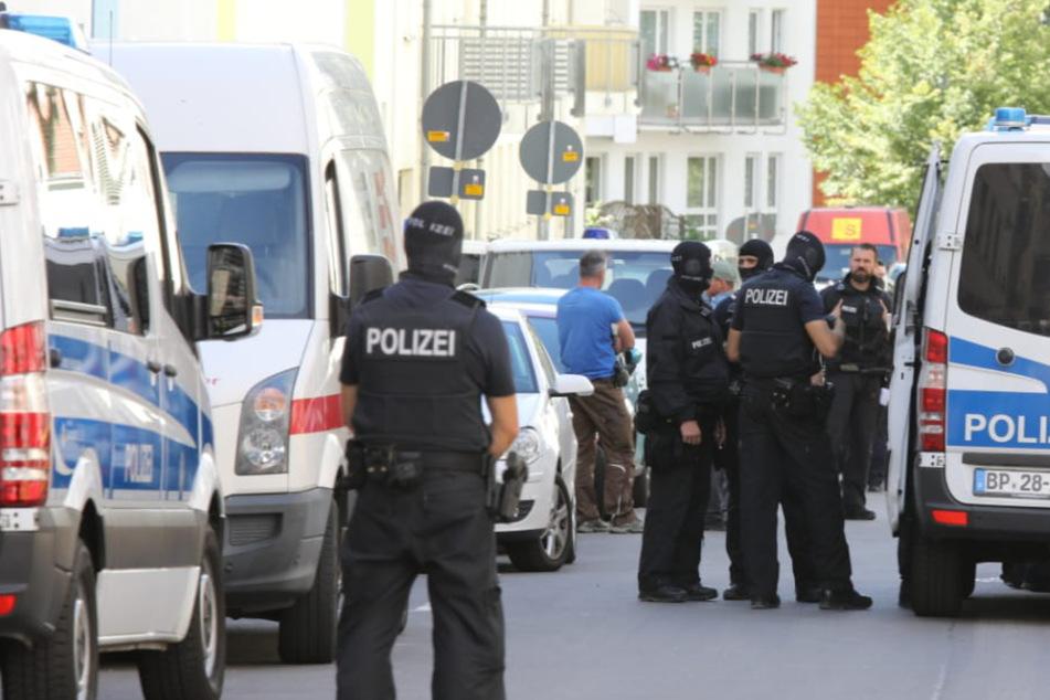 Leipzig: Baustellenrazzia! Großeinsatz von Polizei und Zoll in Möckern