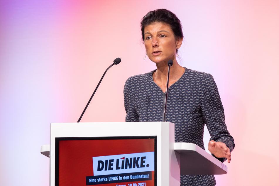 Die 51-Jährige wurde im April nach einer Kampfabstimmung mit 61 Prozent der Stimmen zur Spitzenkandidatin der NRW-Linken nominiert.
