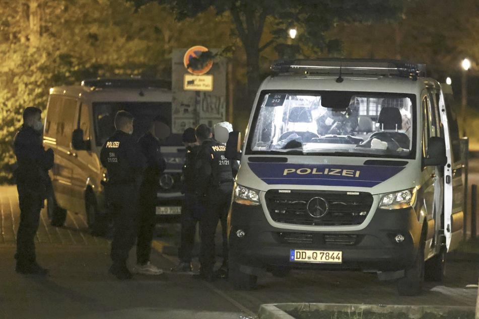 Die Polizei konnte einen Tatverdächtigen im Bereich des Rabet stellen und nahm dessen Personalien auf.