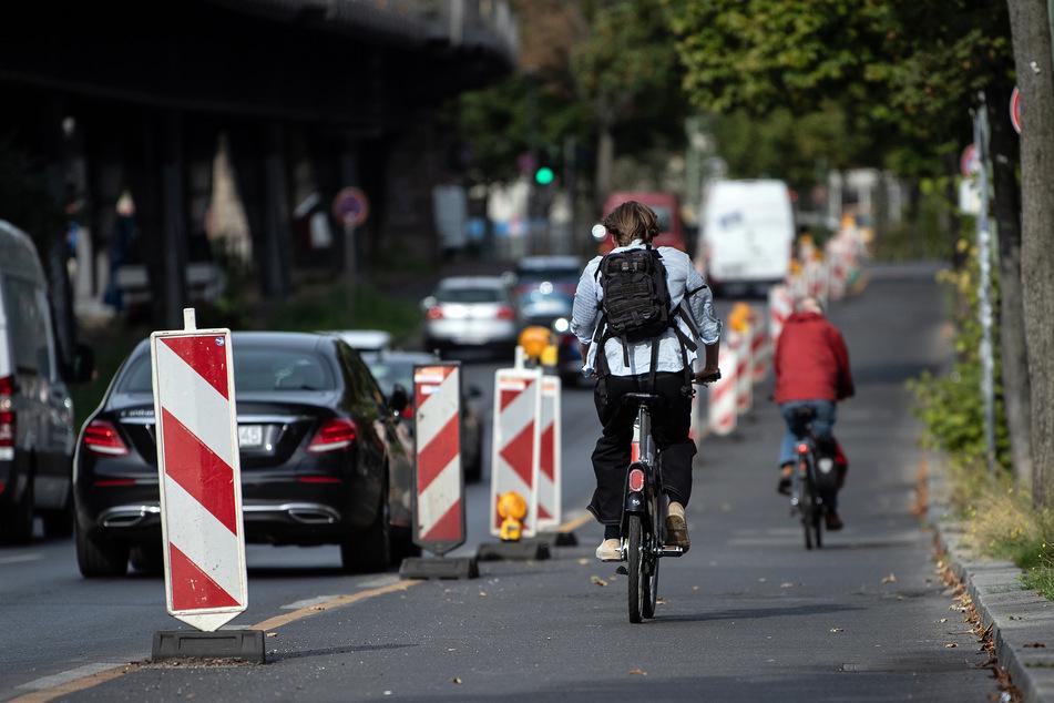 Im vergangenen Jahr haben viele Menschen in NRW bei Bürgerbegehren mehr und bessere Radwege gefordert. (Symbolbild)