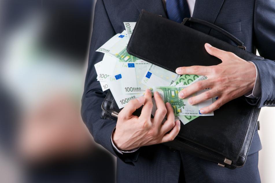"""Mann gesteht 200.000-Euro-Betrug vor Gericht: """"Unglaublich, wie leicht..."""""""