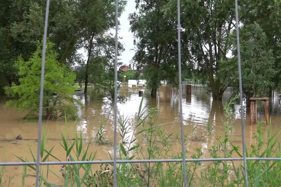 Das Gartenschaugelände in Eppingen wurde durch starke Regenfälle geflutet.