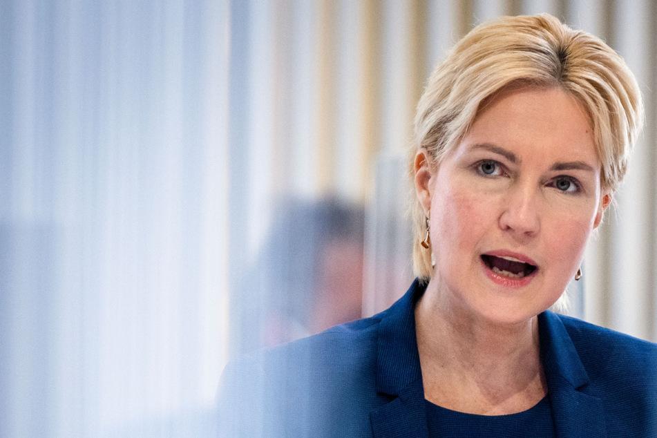 Manuela Schwesig (46, SPD) findet die Infektionszahlen zu hoch.
