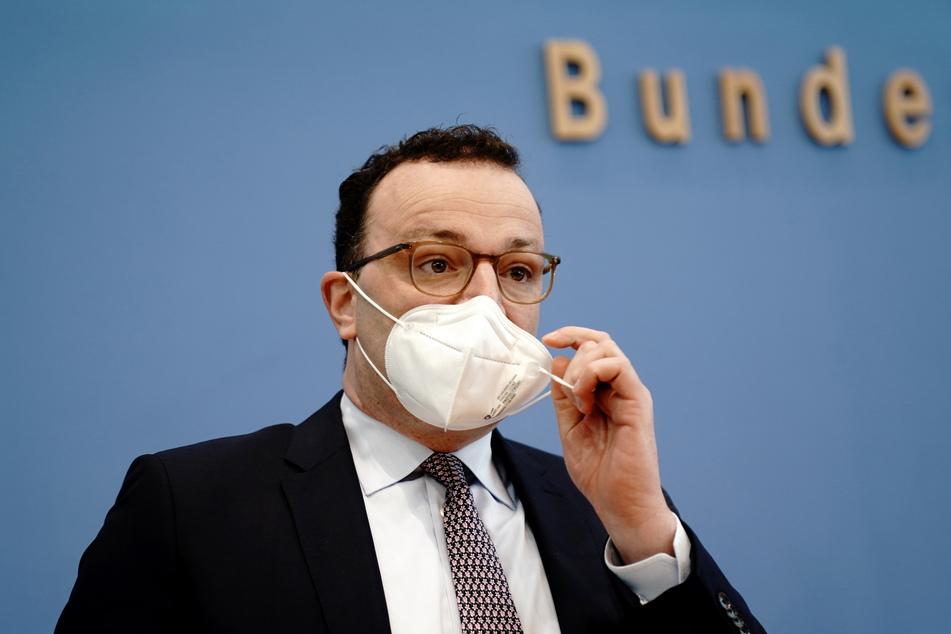 """Jens Spahn (40, CDU) fordert ganz klar: """"Es braucht einen Lockdown, um die aktuelle Welle zu brechen."""""""