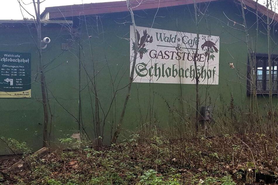 Die Abrissarbeiten am Schlobachshof in Leipzig haben begonnen.