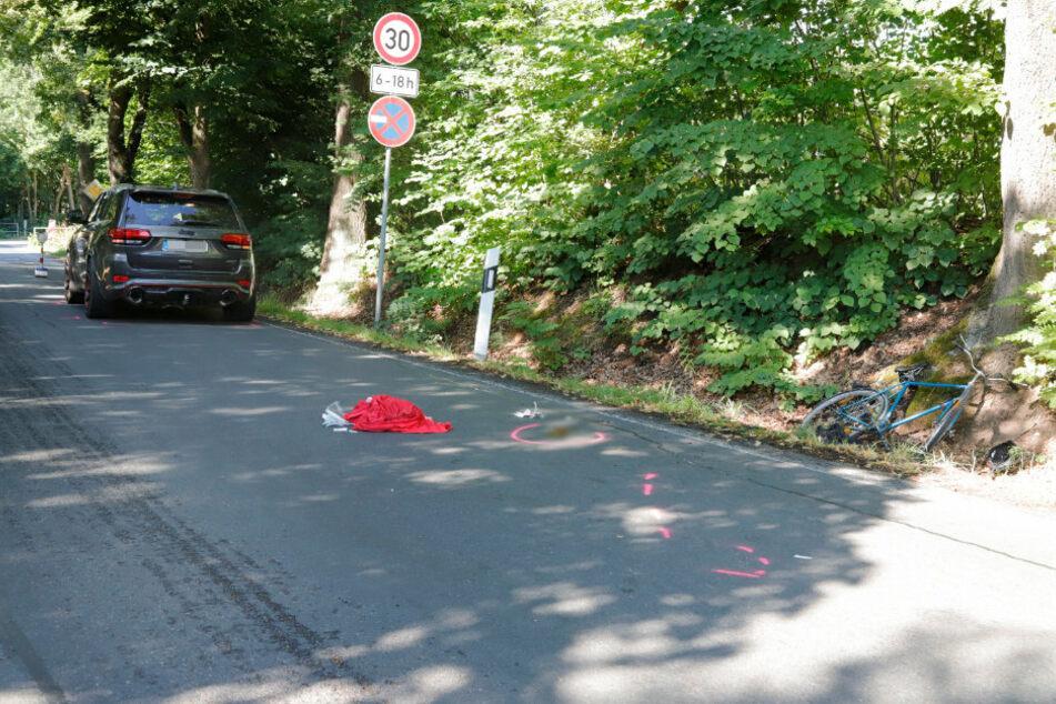 Radfahrer bei Unfall schwer verletzt, Umleitung im Nahverkehr