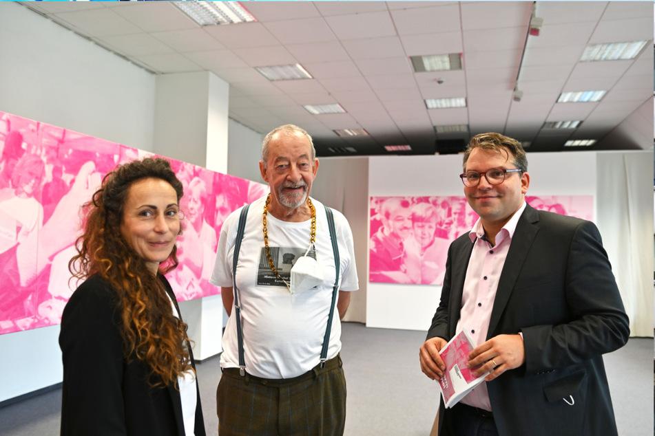 Die Kuratoren (v.l.): Annabell Burger (40), Kasper König (77) und der Leiter der Kunstsammlungen Chemnitz, Frédéric Bußmann (46).