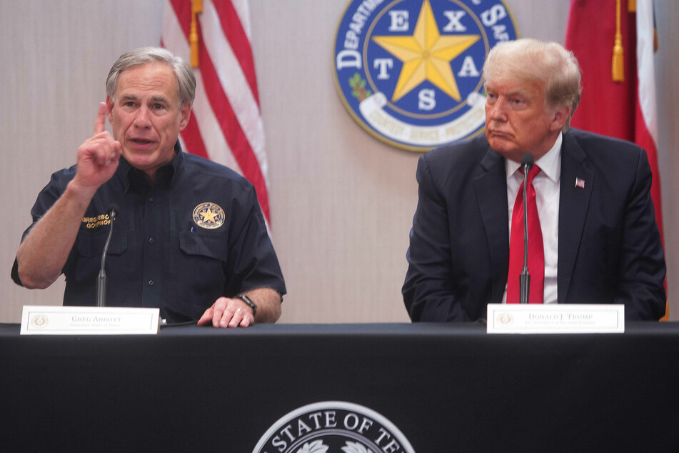 Donald Trump and Gov. Abbott meet in Texas to discuss US-Mexico border