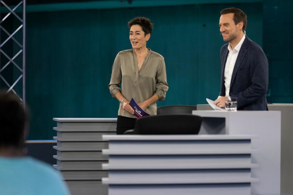"""""""Für & Wider – Die ZDF-Wahlduelle"""": Moderationsteam Dunja Hayali (47) und Andreas Wunn (46)."""