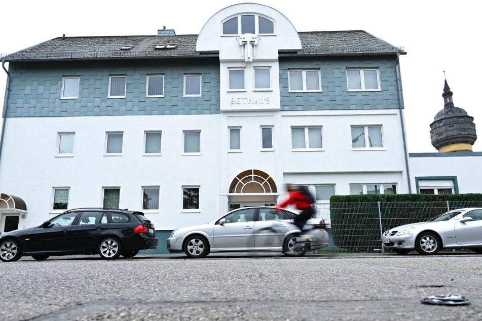 Das Gemeindehaus der Evangeliums Christen Baptisten in Frankfurt: Nach einem Gottesdienst in der Kirchengemeinde vor gut zwei Wochen sind mehr als 100 Menschen mit dem Coronavirus infiziert.