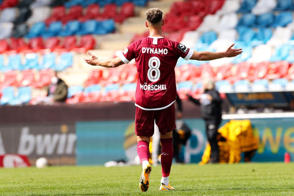 Heinz Mörschel (23) nach seinem Freistoßtor zum 2:0 gegen Uerdingen. So will er am heutigen Samstag wieder jubeln.