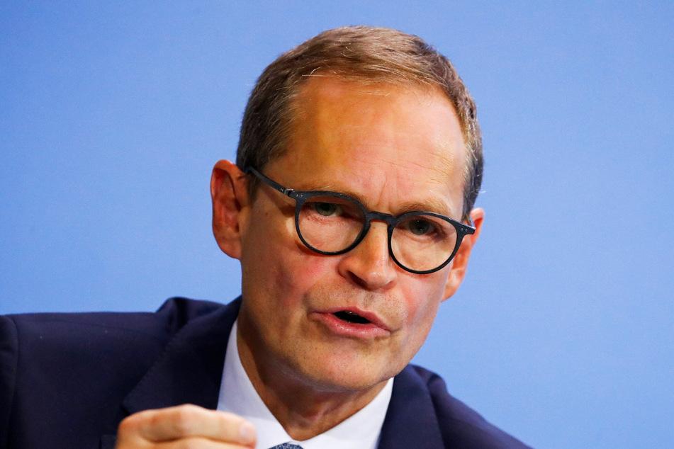 Berlins Regierender Bürgermeister Michael Müller dämpft die Erwartungen an mögliche Lockerungen der Corona-Maßnahmen.