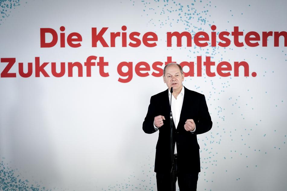 Laut Vize-Kanzler Olaf Scholz (SPD) wird die Corona-Pandemie auch in den nächsten Wochen und Monaten eine große Herausforderung bleiben.