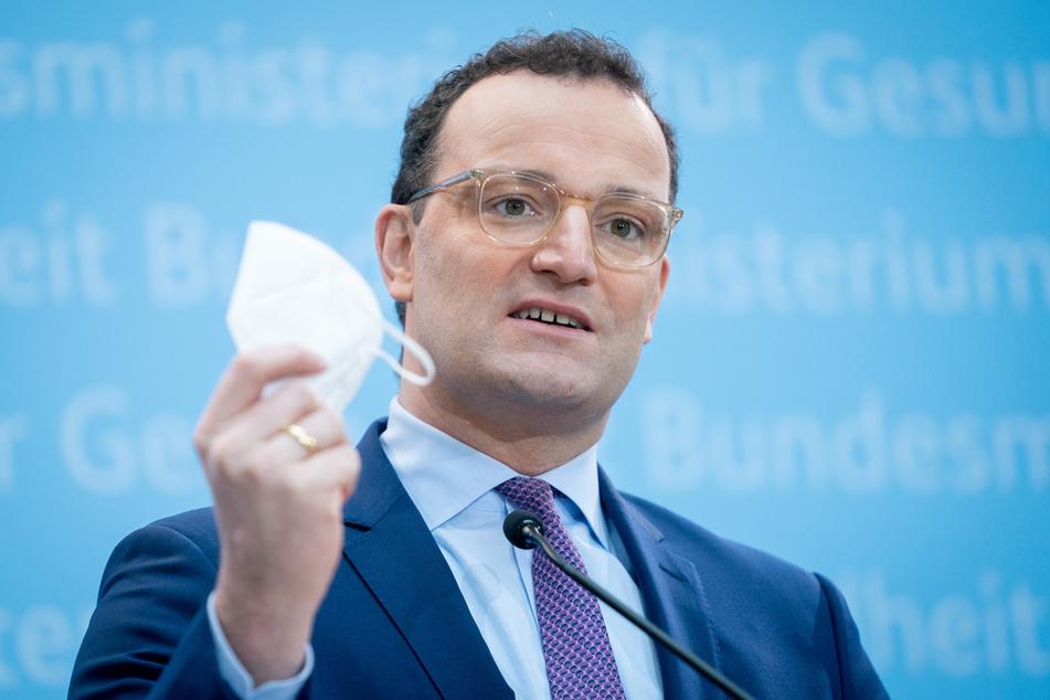 Jens Spahn (40, CDU) fordert eine Verlängerung der derzeitigen Corona-Maßnahmen.