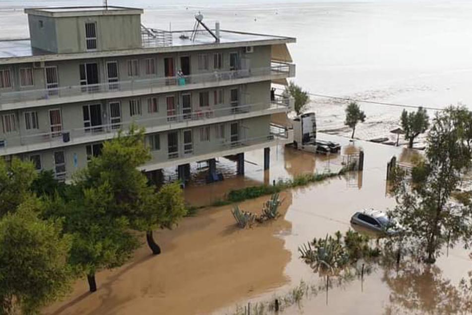 Nach Wärmegewitter: Tote bei Überschwemmungen