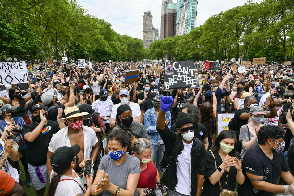 Massive demonstrations against police brutality took place on June 4 in New York.