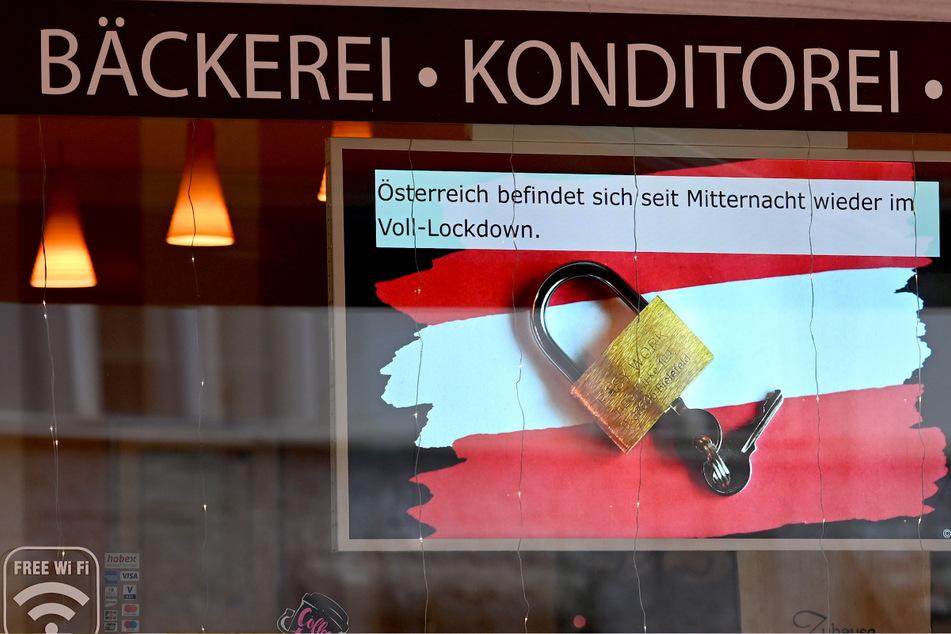 Für rund drei Wochen ist Österreich nun wieder im Corona-Lockdown. Seit Mitternacht gelten in dem Neun-Millionen-Einwohner-Land strikte Ausgangsbeschränkungen