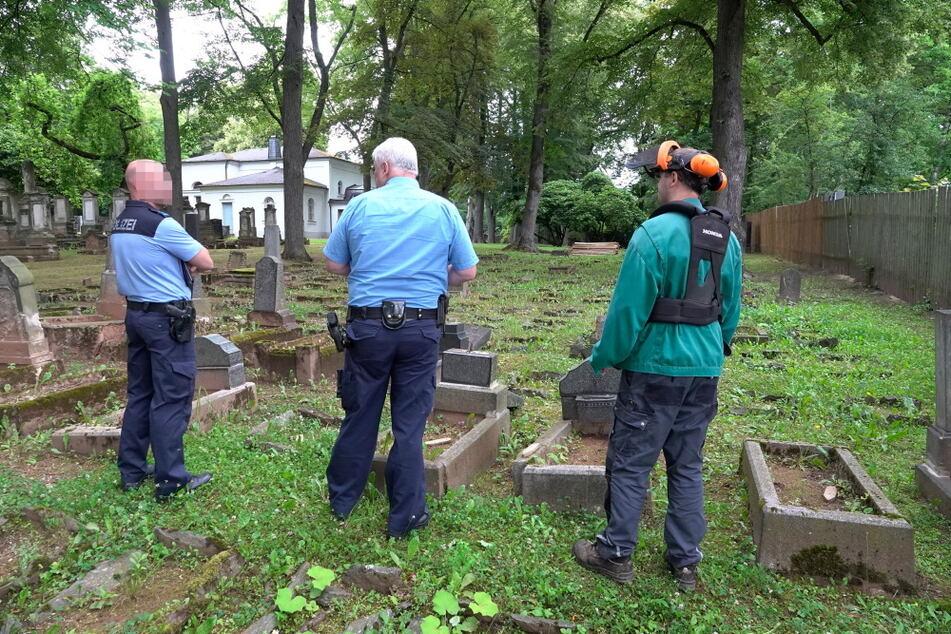 Die Polizei war am Mittwoch vor Ort und begutachtete die Schäden.