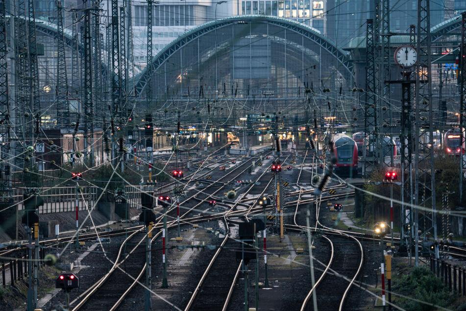 Frankfurter Hauptbahnhof, Schienenausbau: Bahn investiert fast 1,4 Milliarden Euro in Hessen