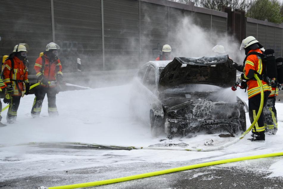 Nach Unfall mit Verletzten: Autobahn voll gesperrt!