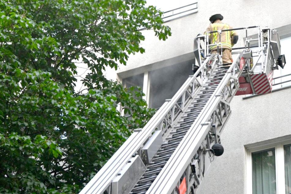 Feuer in Wohnhaus ausgebrochen: Fünf Verletzte!