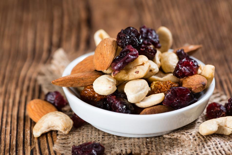 Vergiftungsgefahr! Hersteller ruft Mandeln, Nüsse und Co. zurück