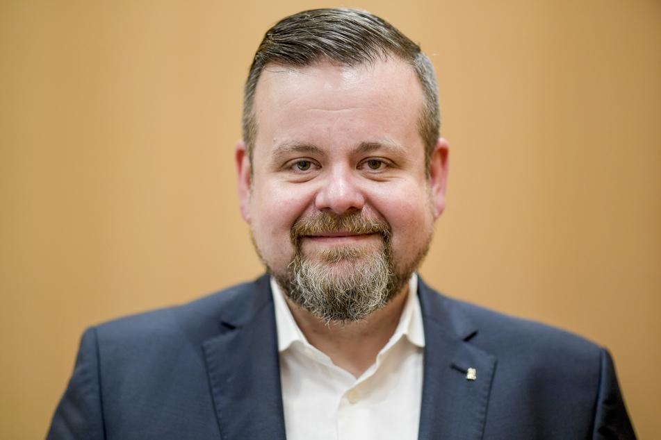 Andre Trepoll, CDU-Abgeordneter in der Hamburgischen Bürgerschaft, steht nach der konstituierenden Sitzung der CDU-Fraktion im Rathaus. Der Vizepräsident der Hamburgischen Bürgerschaft und frühere CDU-Fraktionschef André Trepoll wird Geschäftsführer des Industrieverbands Hamburg (IVH).