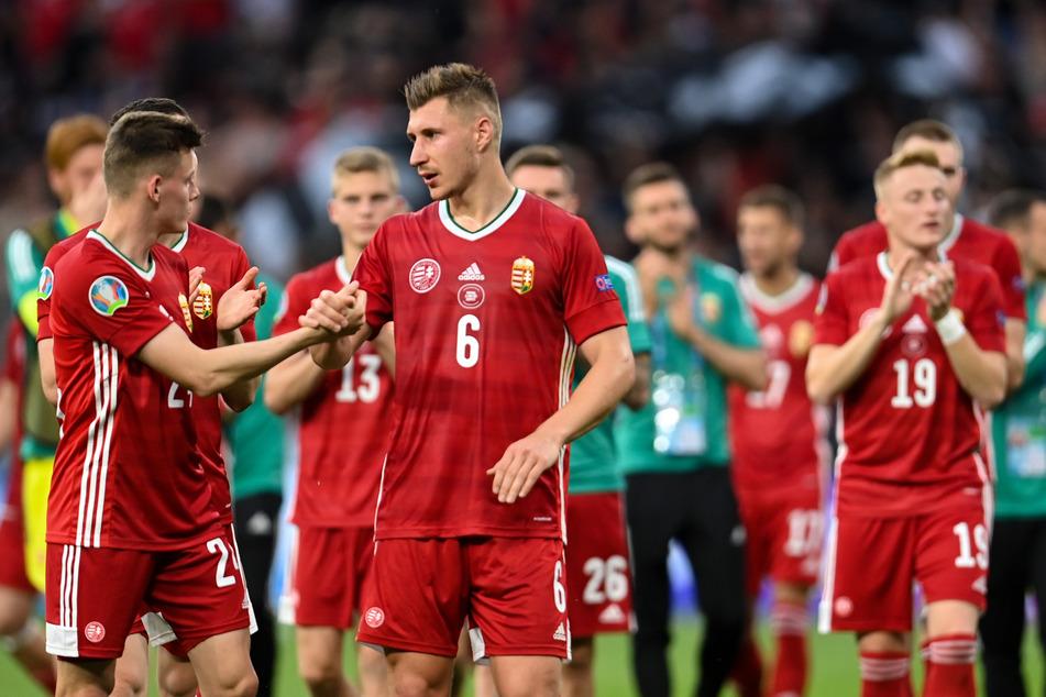 RB Leipzigs Willi Orban (M.) war lange Zeit der Garant, dass Portugal kein Tor erzielen konnte. Letztlich wurde er zum tragischen Unglücksraben.