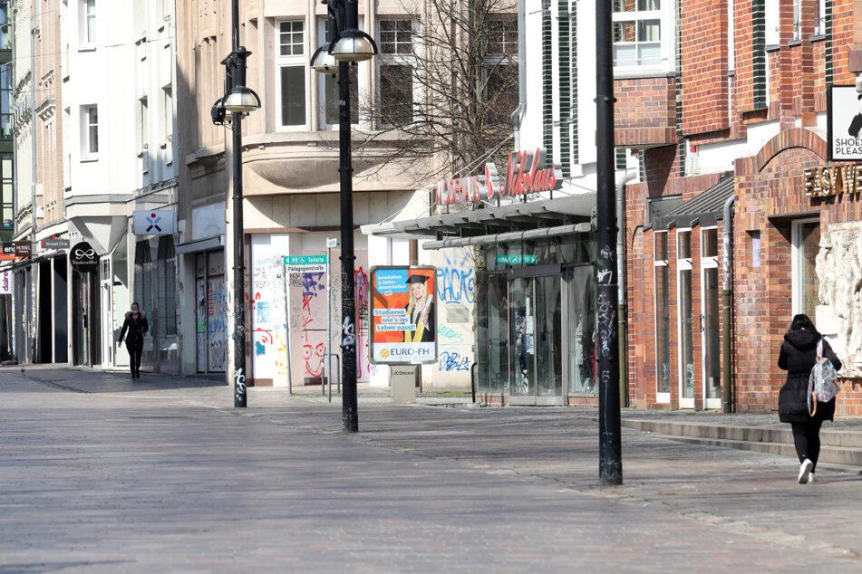 Einkaufen in Rostock ist mithilfe der Luca-App möglich, dennoch sieht die Stadt ab und an recht leer aus.
