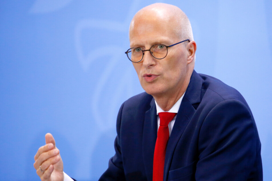 Bürgermeister Peter Tschentscher (SPD) ist mit dem höheren Bußgeld für Corona-Regelbrecher einverstanden.