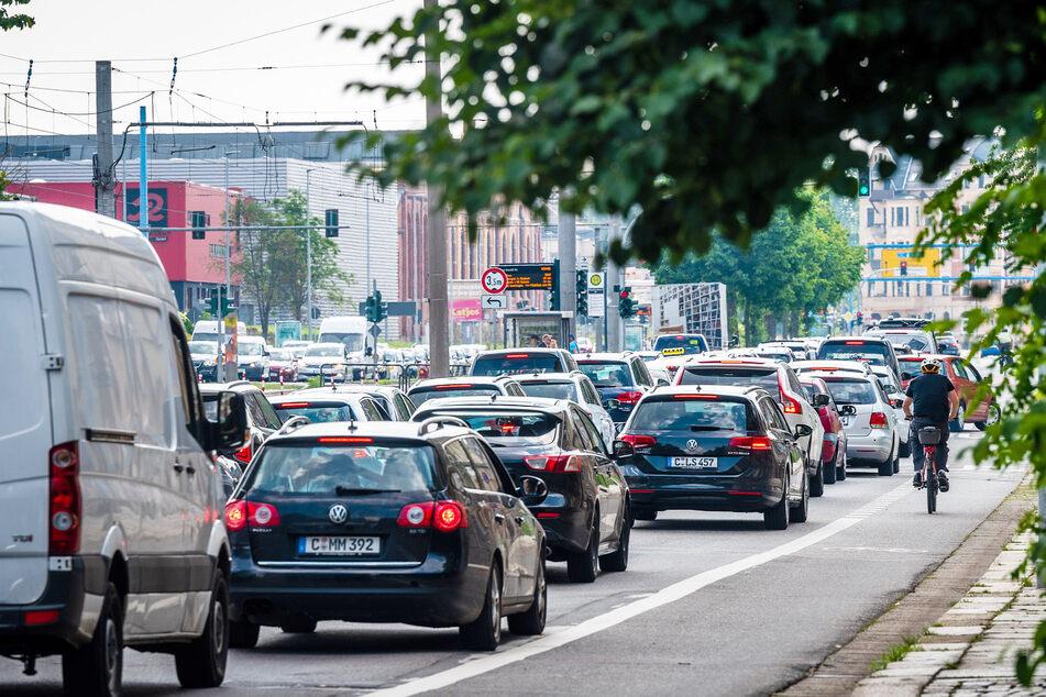 0,5 Tonnen CO2 verursacht jeder Chemnitzer mit seinem überörtlichen Verkehr.