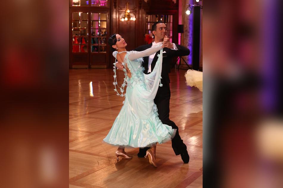 Jenny und Jonatan Rodríguez Pérez (36) waren als Profi-Tänzer sehr erfolgreich. Mit ihrer Ausdrucksstärke und geschliffenen Technik beeindruckten sie Juroren und Publikum gleichermaßen.
