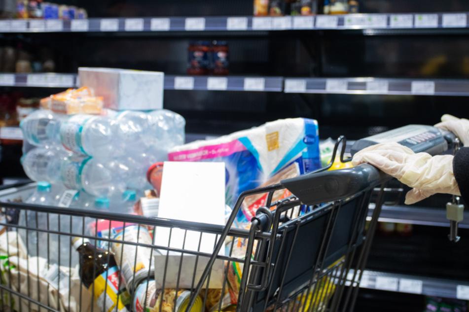 Coronapandemie: Supermärkte liefern mehr Grundnahrungsmittel