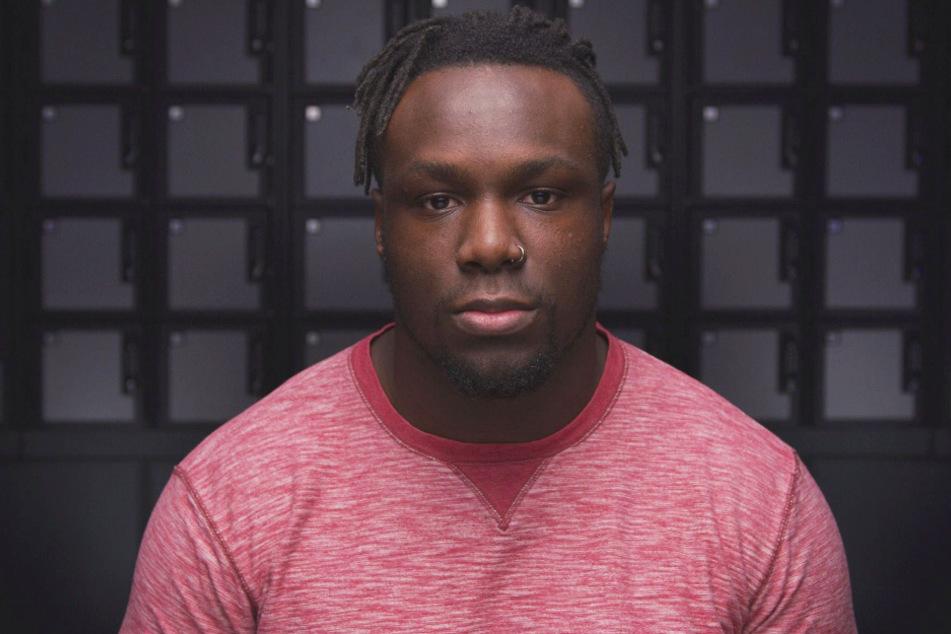 Der in München aufgewachsene Footballer David Bada (25) will sich bei den Washington Redskins in den festen Kader spielen.