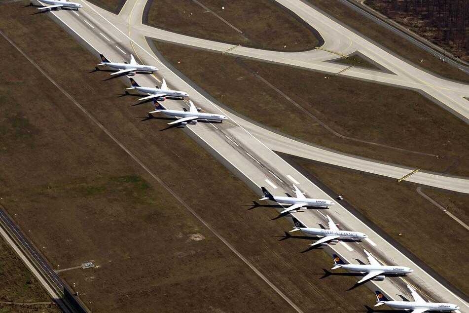 Viele Lufthansa-Maschinen bleiben weiter geparkt.