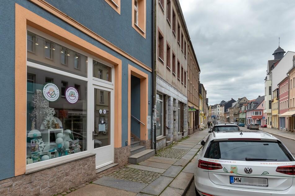 In ihrem Geschäft in Mittweida verkauft Madlen Seigerschmidt normalerweise Seifen und Deko. Nun vereint sie hier die Händler der Stadt.