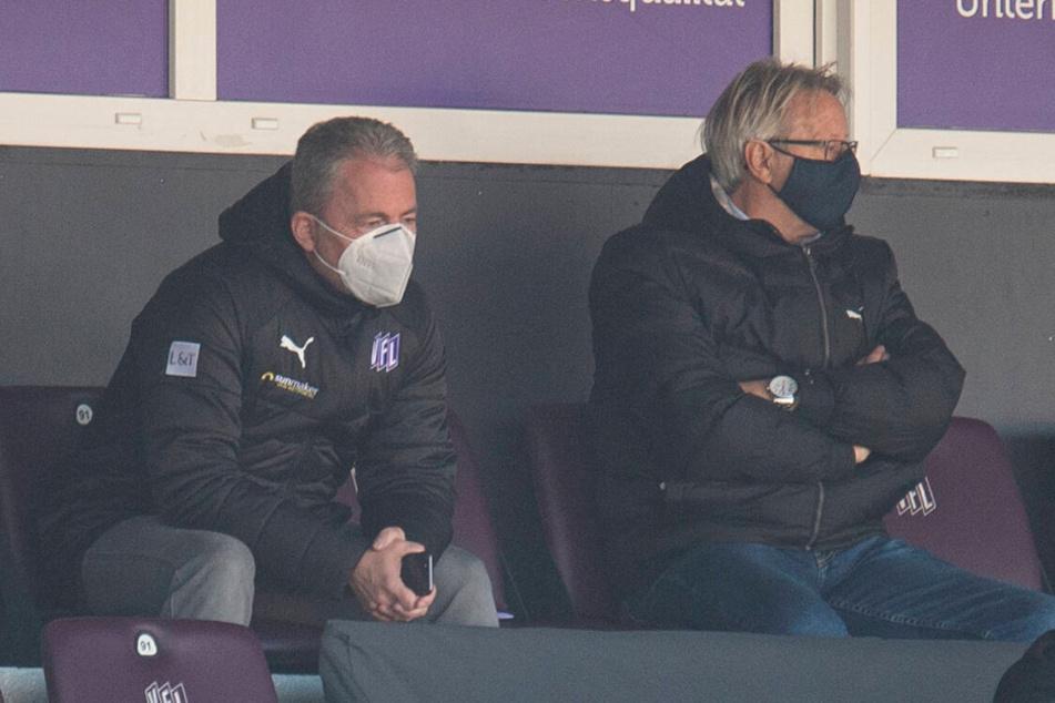 Das letzte Mal mit VfL-Kleidung. Am 19. Dezember sah Jürgen Wehlend das 0:1 der Osnabrücker gegen Paderborn. Am Freitag wird aus Lila-Weiß Schwarz-Gelb